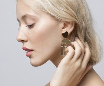 Lova Earrings