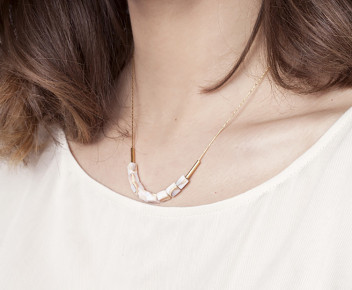 Gili Necklace
