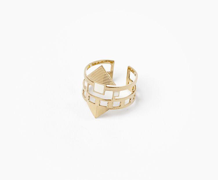 Momo Ring